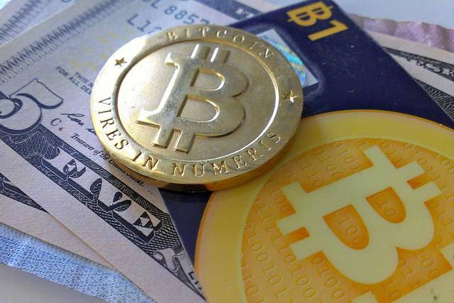 Bitcoin and currency