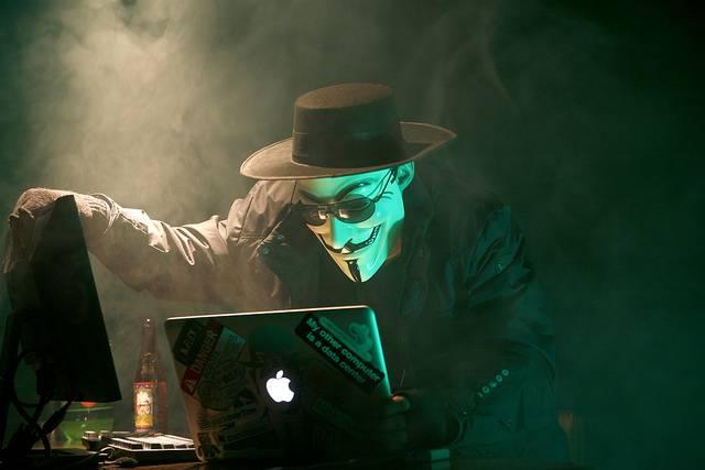 hacker demands bitcoin ransom