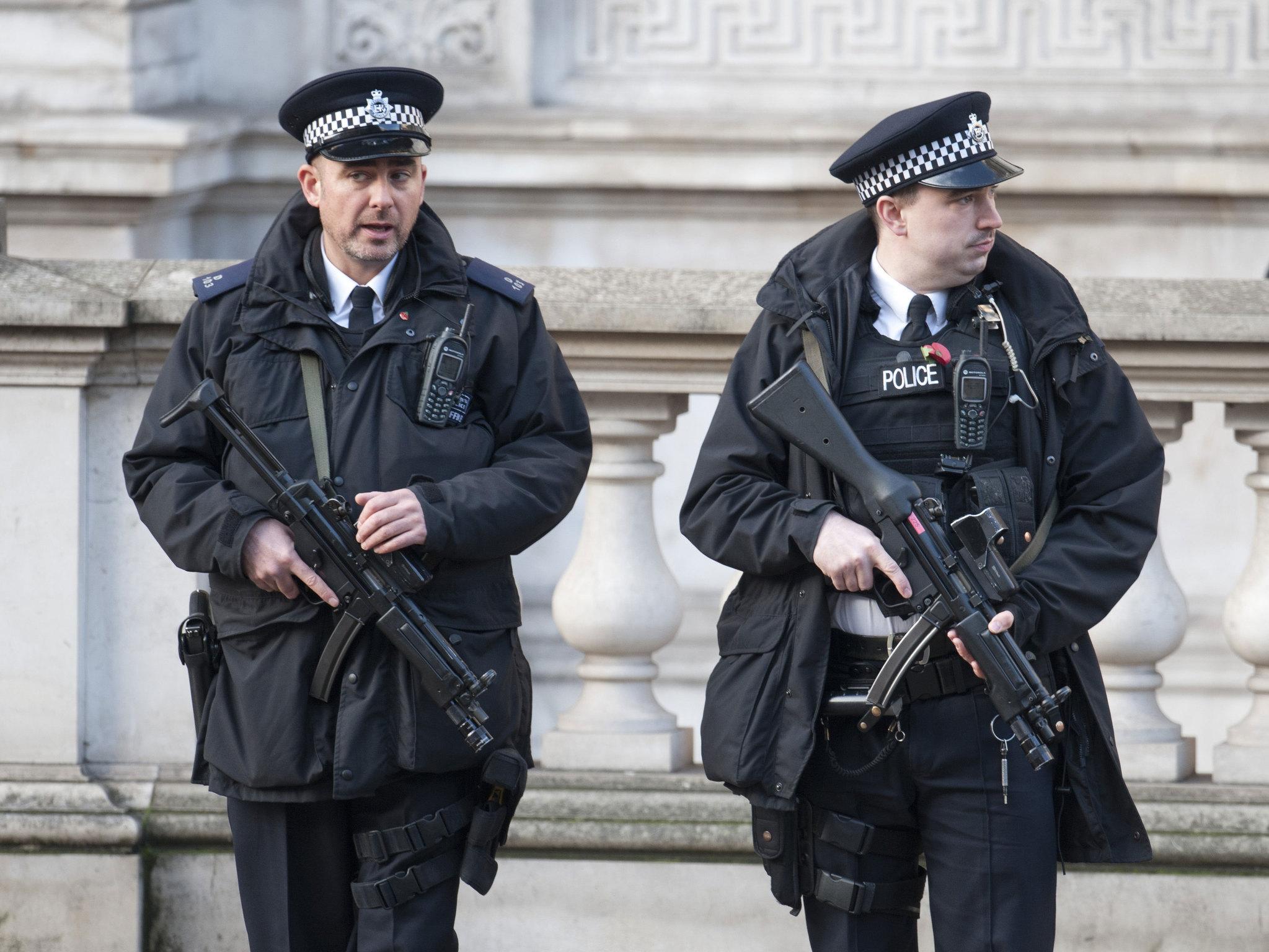 Yikes Bitcoin Trader In Britain Held At Gunpoint Bitcoin