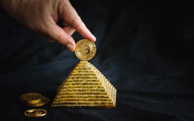 Only Bitcoin Gets to Be a 'Legal Pyramid Scheme' Like Gold, Says Mike Novogratz