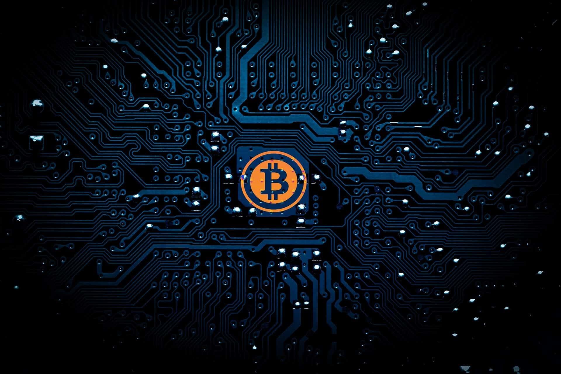 Bitcoin Moves Past $11,000 Mark Momentarily