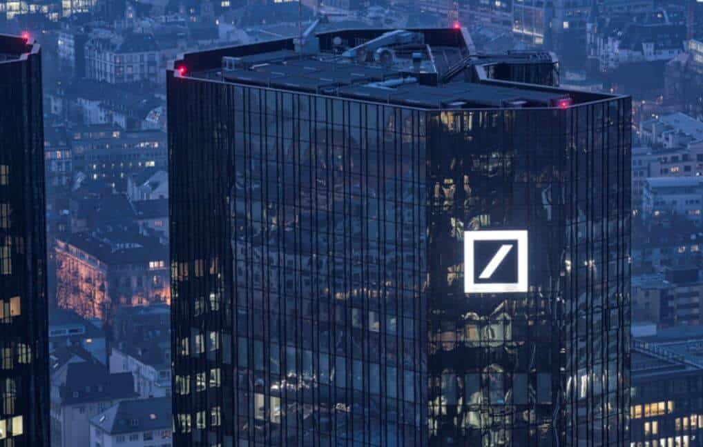 Deutsche Bank: Dollar Will Withstand the Cryptocurrency Wave