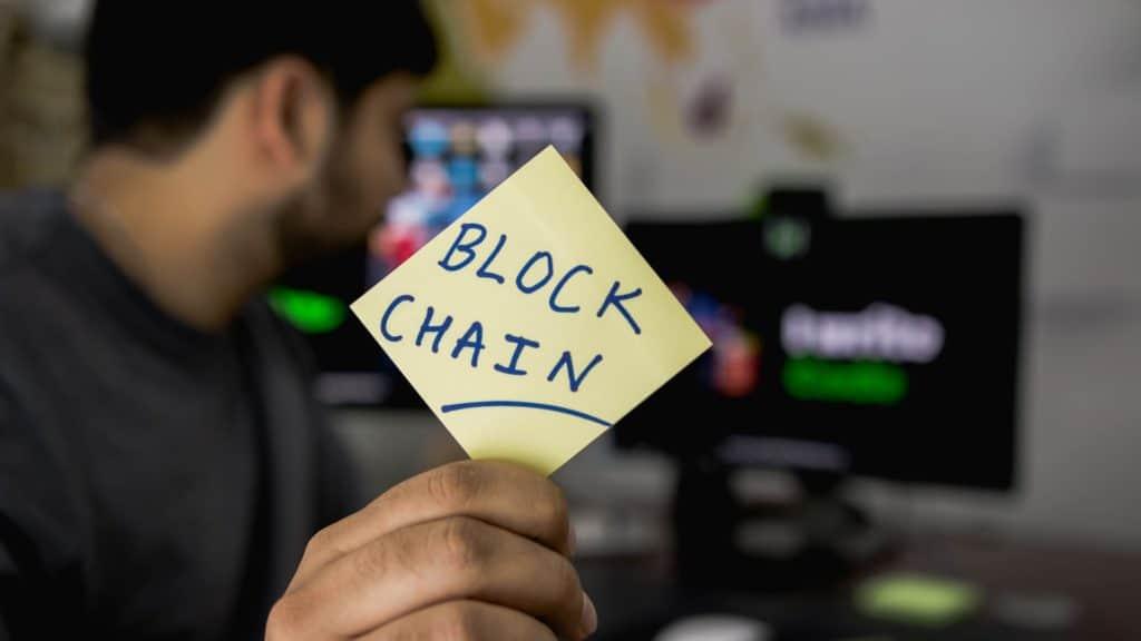 Chinese Parliament Suggests a Blockchain Development Fund