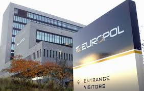 Europol Nabs Sim Swapping Thieves that Stole $100M in Crypto From Celebrities - InsideBitcoins.com