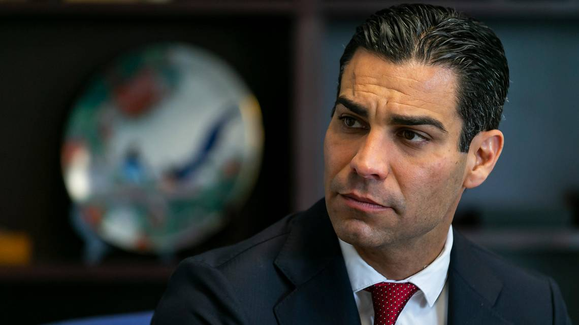 Miami Mayor Pushes For Choice Between Cash Or BTC Salaries